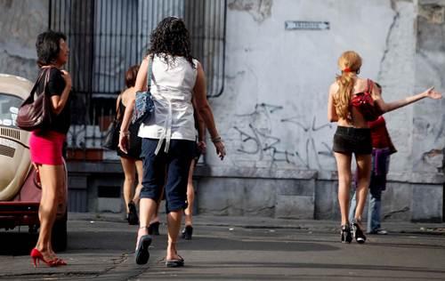 Prostitucion en la Merced, ciudad de Mexico! - Videos