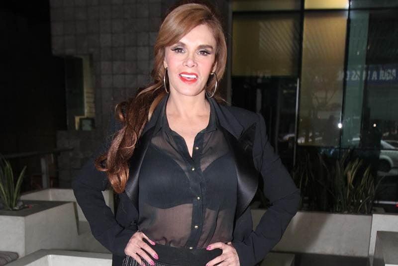 Lucia Mendez 2014 El u...
