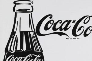 Coca-Cola festeja con arte el centenario de su botella