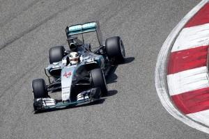 El Universal - Deportes - F1 Hamilton repite 'pole' en pruebas libres en China