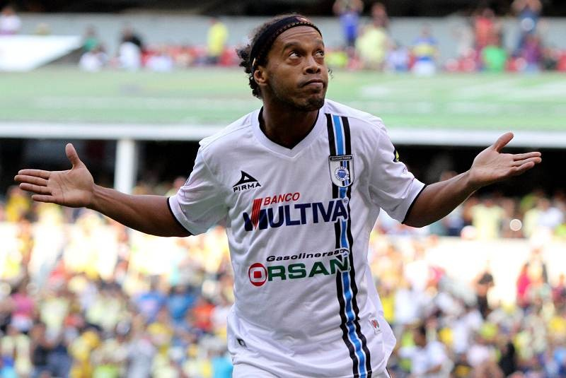 Deportes - Con doblete de 'Dinho', Querétaro aplasta 4-0 al América