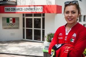 El Universal - Deportes - Aída Román, campeona sin apoyo