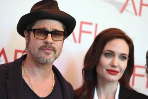 Angelina y Brad Pitt, ¿adoptarán a niña siria?