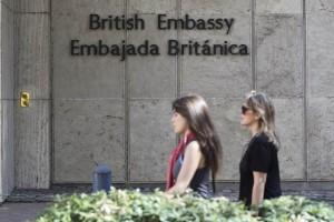 Argentina pide a embajador inglés explicar espionaje