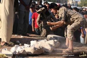 EI asegura que destruyó reliquias en Palmira