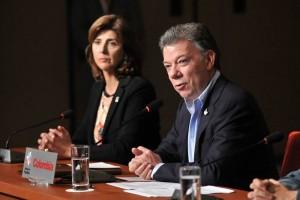Santos acusa al ELN de causar atentados en Bogotá