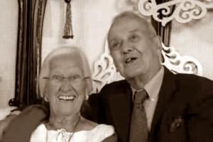 Pareja muere junta luego de 75 años de casados